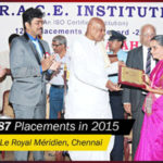 Tamilnadu Ex-Governor Rosaiah presents award at the 1600 students placement Function - Chennai RACE Institute