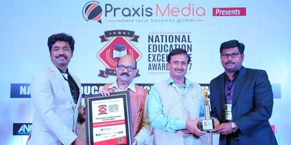 RACE COACHING INSTITUTE RECEIVED THE Best Coaching Institute in India AWARD FROM PRAXIS MEDIA